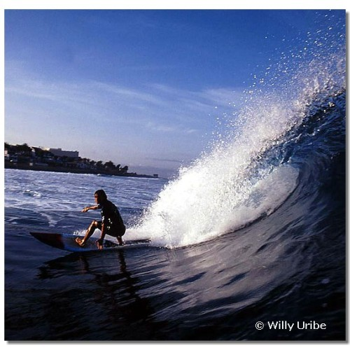 Julian Cuello. Surf en Tenerife. Islas Canarias. WU PHOTO © Willy Uribe