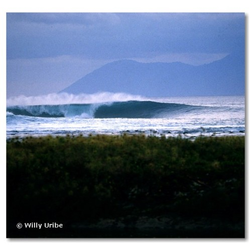 Lakey Pipe. Sumbawa, Indonesia. Surf. WU PHOTO © Willy Uribe