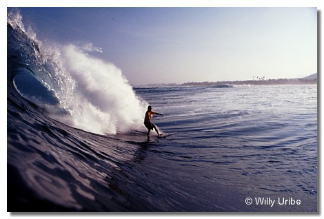Kepa Acero. 5 Waves 5 Continents. WU PHOTO © Willy Uribe