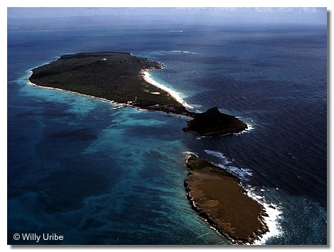 Isla Caja de Muertos. Puerto Rico WU PHOTO © Willy Uribe