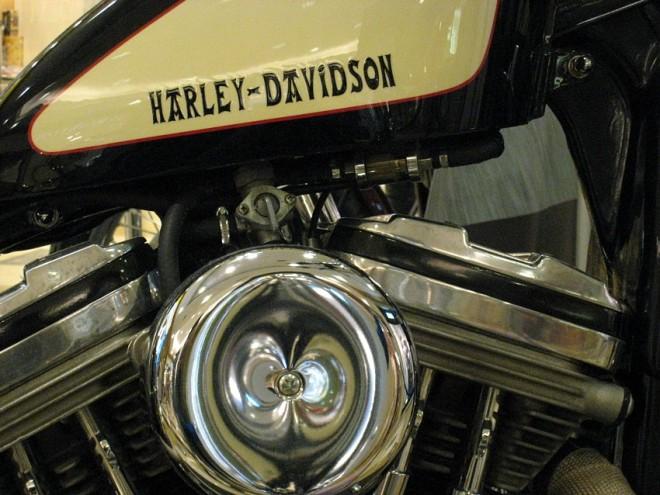 Harley-Davidson XL 883 -1988- BOBBER. 833 cc.