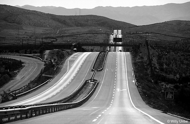 Tramo de la Panamericana en Chile. WU PHOTO © Willy Uribe