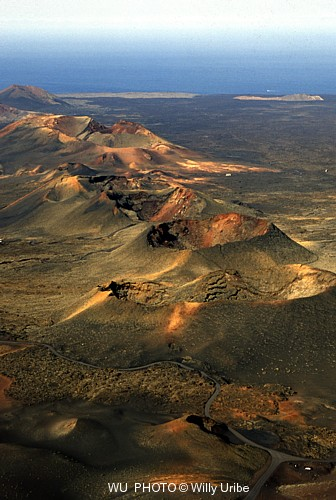 Parque Nacional de Timanfaya. Lanzarote. Canarias WU PHOTO © Willy Uribe