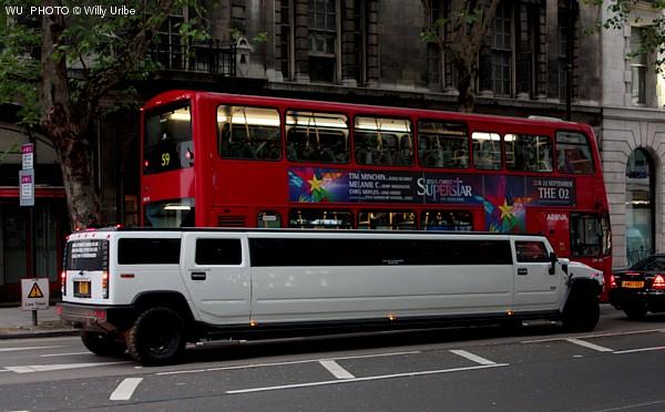 Exceso. Limusina en Londres. Tengo Sitio Libre. Blog de Willy Uribe.