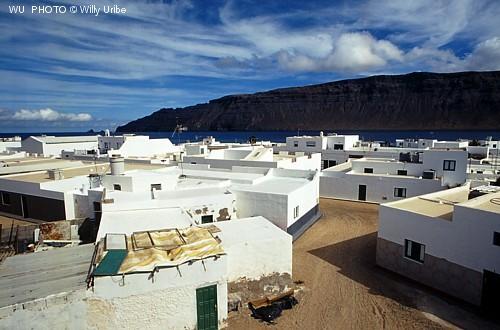 Caleta del Sebo. Isla de La Graciosa. Archipiélago Chinijo. Islas Canarias. Tengo Sitio Libre. Blog de Willy Uribe.