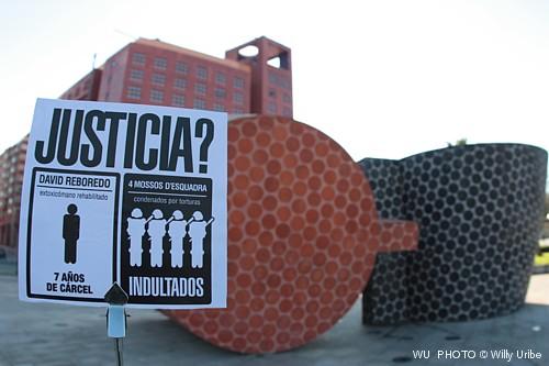 Guía visual de Bilbao. Guía fotográfica.  Turismo Bilbao. Escultura de Ángel Galarza.
