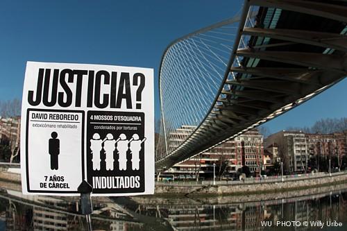Guía visual de Bilbao. Guía fotográfica.  Turismo Bilbao. Puente de Calatrava o Zubizuri.