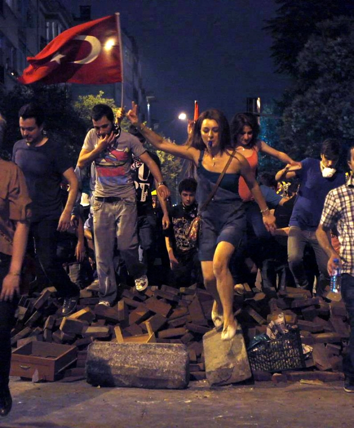 Libertad, carajo, Libertad!! Los de esa foto somos nosotros, colegas. #özgürlük #Turquia #Turkey #Türkiye #Spain #España #İspanya #libertad #freedom #askatasuna