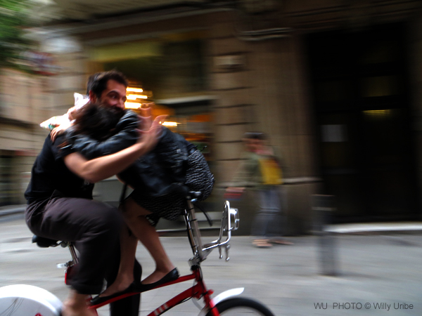 Barcelona bici el raval Catalonia Spain WU PHOTO © Willy Uribe