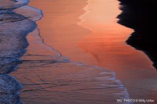 Amanecer sobre la playa. Sopelana. Uribe Kosta. Basque Country. WU PHOTO © Willy Uribe Archivo fotográfico Reportajes