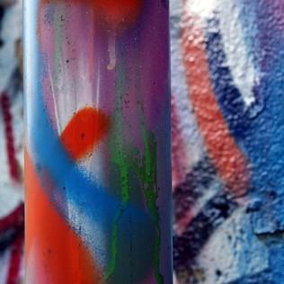 Manchas de pintura. Graffiti. Astrabudua. Basque Country. WU PHOTO © Willy Uribe Archivo Fotográfico Reportajes