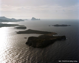 Isla Conejera. Sa Conillera. Islas Baleares. WU PHOTO © Willy Uribe Archivo fotográfico Reportajes