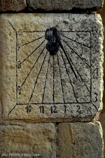 Reloj de sol. Sundial. Cantabria. Spain. WU PHOTO © Willy Uribe Archivo fotográfico Reportajes