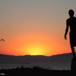 Equilibrios ante el ocaso. Uribe Kosta. Basque Country. WU PHOTO © Willy Uribe Archivo Fotográfico Reportajes
