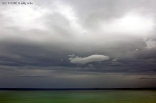 Nubes, mar y tormenta. Cantábrico. WU PHOTO © Willy Uribe Archivo Fotográfico Reportajes