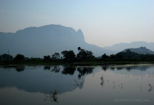 Paisaje en Andhra-Pradesh. India. WU PHOTO © Willy Uribe