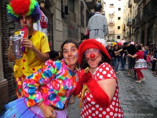 Cercavila Festes del Raval. Pasacalles en El Raval. Barcelona. WU PHOTO © Willy Uribe Archivo fotográfico Reportajes