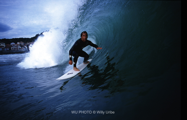 Gorka Yarritu. Mundaka. Sopela Surf Eskola. WU PHOTO © Willy Uribe
